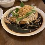 青山シャンウェイ - 蒸し鶏