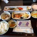 日本料理 飛鳥 - これぞ日本の朝食だ