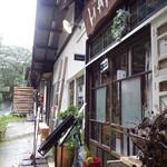 ジェラテリア HANA - 店舗入口