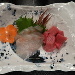 酒処みゆき - 料理写真:刺身二点盛(本鮪、松鰈):750円