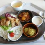 レストランカフェ・地球こうさてん - 地球ランチ 870円