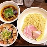 櫻井中華そば店 - 料理写真:つけそば、炙りチャーシュー丼