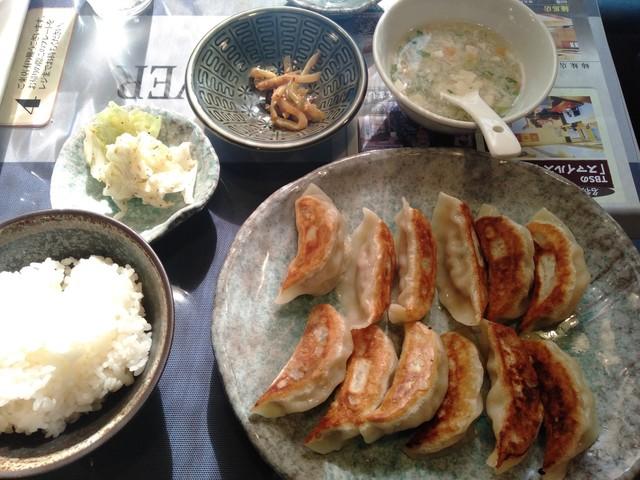 バル 大連餃子の料理の写真