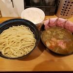 117479623 - (白湯)醤油つけ麺 300g 肉増し, 白ご飯(小)