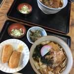 名古屋城きしめん亭 - いなり寿司セット、きしめん