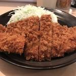 とんかつ 三田 - トップフォト サービス定食のとんかつ