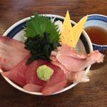 海鮮丼屋 海舟 - 三色丼