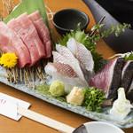 UMAMI日本酒弐番館 - お造り3点盛り