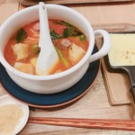 太陽のトマト麺withチーズ -