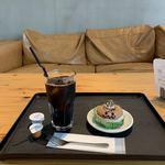 117503414 - アイスコーヒーとチョコプリン