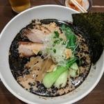 麺屋 奥右衛門 - 漆黒白湯麺