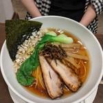 麺屋 奥右衛門 - 醤油麺