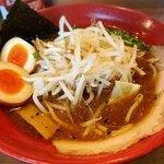 ラーメン鈴弥 - 料理写真:モヤシ味噌+味玉
