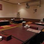 韓国料理 豚肉専門店 福ブタ屋 - 店内(お座敷)
