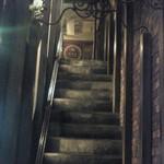 11752925 - 二階への階段