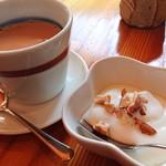 カフェ山猫軒 - 米粉で作ったデザートとチャイ