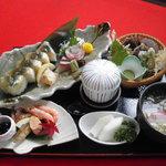 吉廼家 - 料理写真:「鮎のしずく」鮎寿司とモロどんが入ったオススメの御膳です。