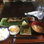 銀しゃり食堂 - 料理写真:サバ塩麹焼き定食900円。