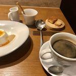 スペッロ -  コーヒーとプティフール