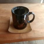 カベロ - ドリンク写真:ホットコーヒーLサイズ 300円