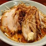 りらくしん - 料理写真:迫力ある味噌ラーメン。