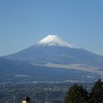 カフェダイニング宏 - 店内から見える富士山です。景色がとても綺麗です。