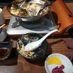 ホルモン焼きと博多もつ鍋 もつ膳 -