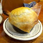 117560789 - 〔夏限定〕とろとろポーク玉子とアボカドカマンののパイ包みスープカレー(¥1600)