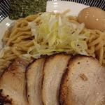 麺屋 もず - 特製とん骨魚介つけ麺(300㌘)♪