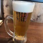 肉汁餃子のダンダダン - まずはビール