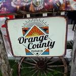 オレンジカウンティダイナー - 入口の看板