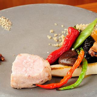 全国の新鮮な素材で彩る、和の要素を取り入れたイタリア料理