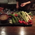 リトルキッチン - 野菜畑のバーニャカウダ\680