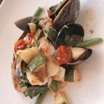 117584934 - 魚料理  キジハタのアクアパッツァ