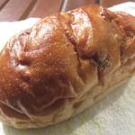 エンドレス - くるみパン(レーズン入り)