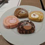 Delicious Kitchen EMONDEL - このミニロールケーキかなりオヌヌメ♪