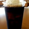 うるまジェラート - ドリンク写真:うちなーミルクを浮かべたコーヒーフロート