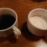 BLISS DINING - コーヒーと牛乳。別々に飲めるのが嬉しい。