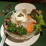 ロシヤ料理 ラルース - 「ロシア風サラダ」1,300円
