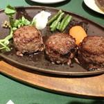 ロシヤ料理 ラルース - 『ロールビーフステーキ』1,750円