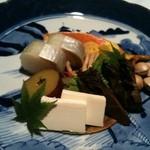 亀の井別荘 - 料理写真:「秋盛り」、チーズの味噌漬けが絶品!