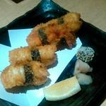 117629217 - にぎり寿司のフライ (4カン) 650円、イカ×2、海老、サーモンです