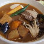 スープカレー トムトムキキル - ポークと野菜
