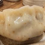 肉汁餃子のダンダダン - 肉汁焼餃子6個460円アップ