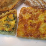 11764128 - キッシュ・ロレーヌ、ベーコン・じゃが芋のピザ