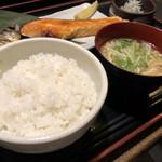 117640343 - 焼き魚定食(900円)