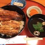 うなぎの美鶴 - 鰻丼(肝吸い付) ¥3000(税込価格)