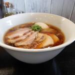 117646826 -  醤油そば +チャーシュー(レア・バラ各2枚増し) +味玉