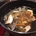 和海味処 いっぷく - 鮃のあら汁