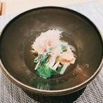 割烹 おみたま - きのこと青菜のおひたし